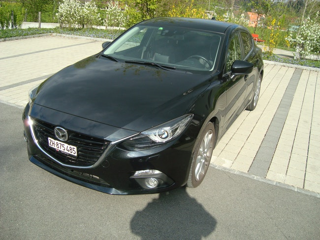 saloon Mazda 3 2.2 D Revolution