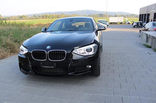 saloon BMW 1er 120d xDrive