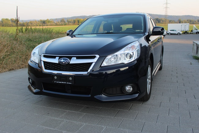 estate Subaru Legacy 2.0i Swiss AWD Lineartronic