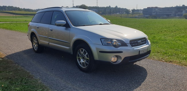 estate Subaru Outback 2.5i AWD