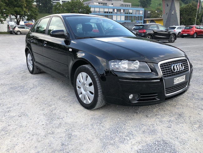 saloon Audi A3 Sportback 1.6 Attraction Start