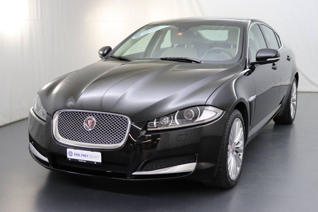 saloon Jaguar XF 3.0 V6 S/C Portfolio AWD
