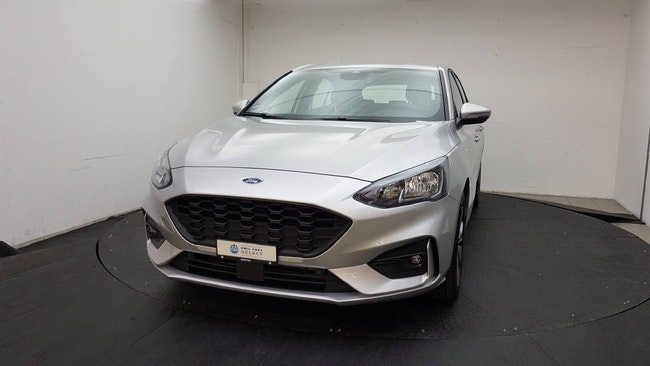 saloon Ford Focus 1.0i EcoB 125 ST-Line
