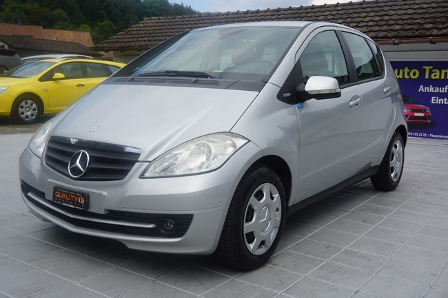 saloon Mercedes-Benz A-Klasse A 180 (170) BlueEfficiency Classic