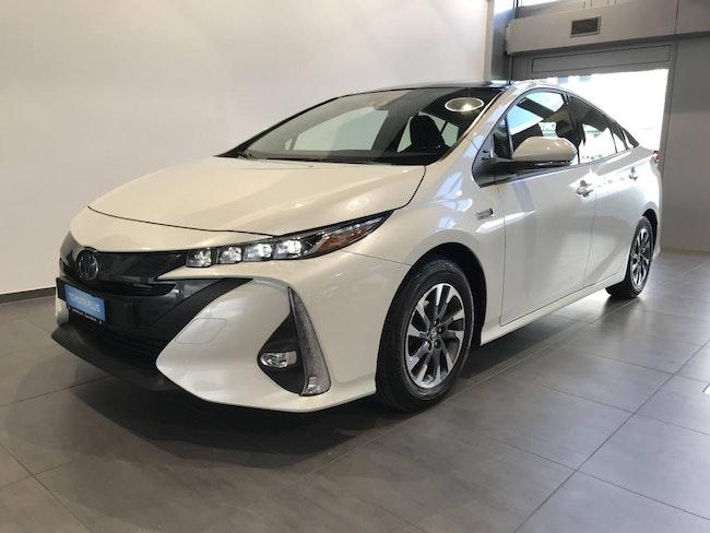 saloon Toyota Prius 1.8 VVTi HSD Plug-In Solar