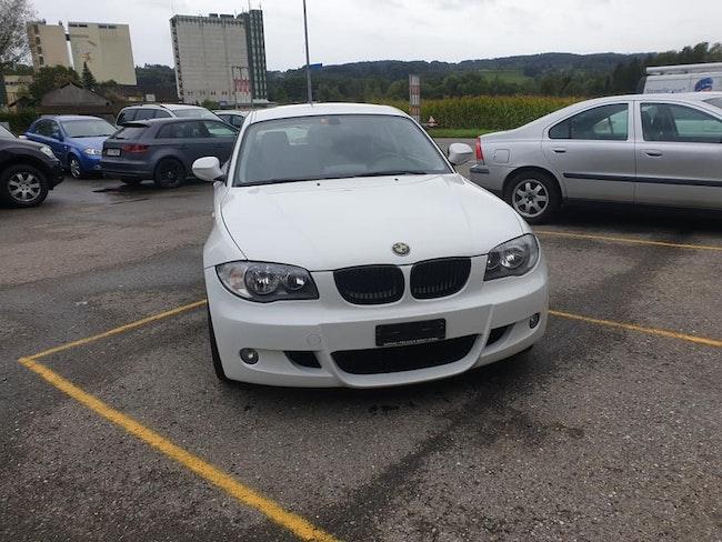 saloon BMW 1er 116i Dynamic Edition