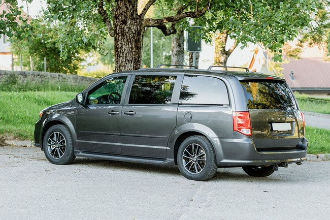 Dodge Grand Caravan R/T 53'000 km CHF23'900 - kaufen auf carforyou.ch - 1