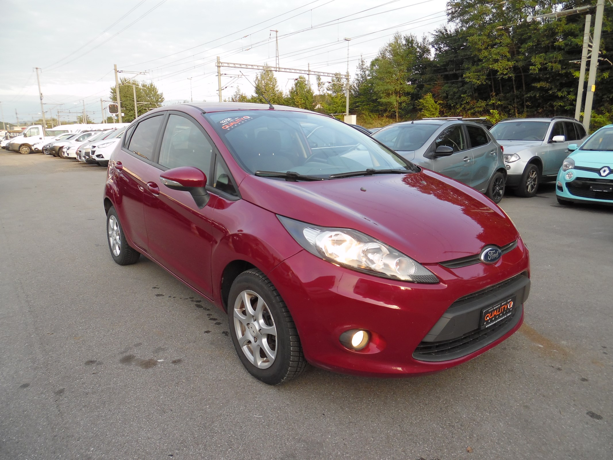 saloon Ford Fiesta 1.6 16V TDCi ECOnetic Trend