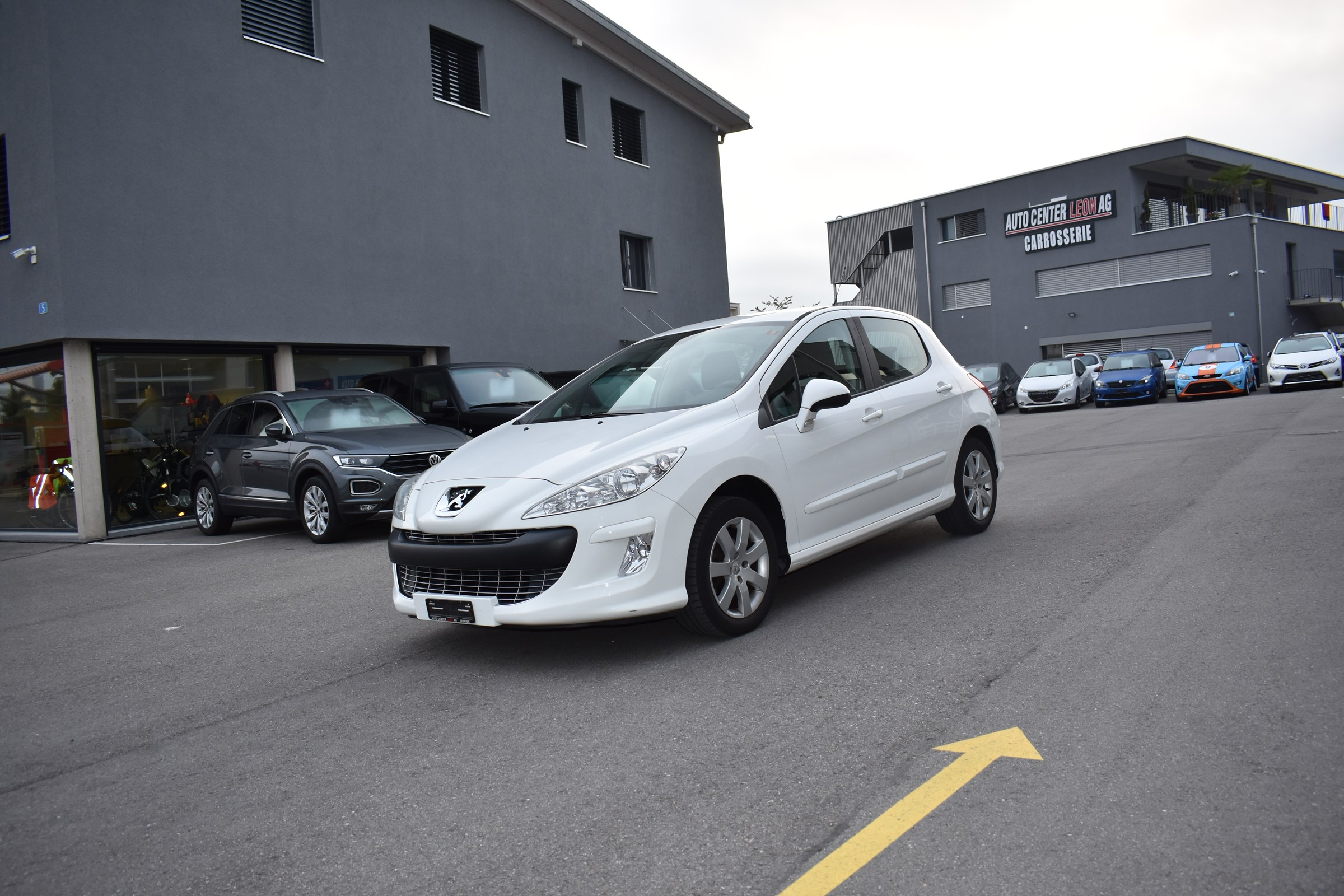 saloon Peugeot 308 1.6 16V VTI Sport Automatic