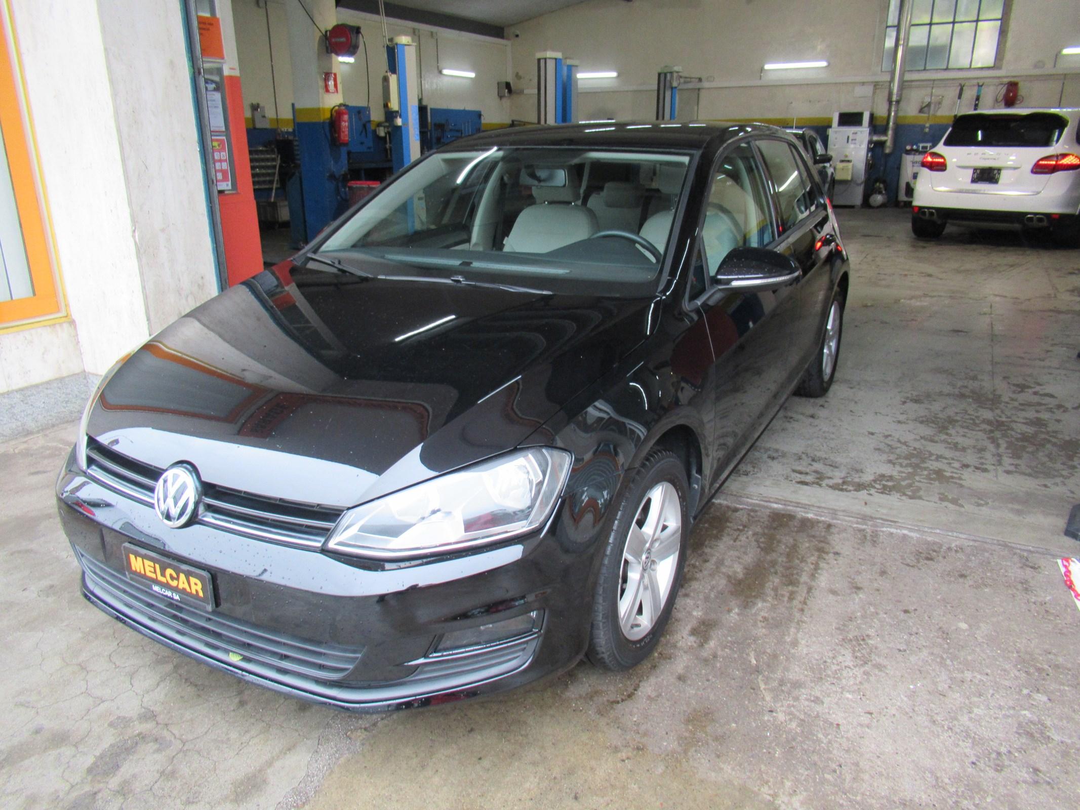 saloon VW Golf 1.6 TDI Trendline