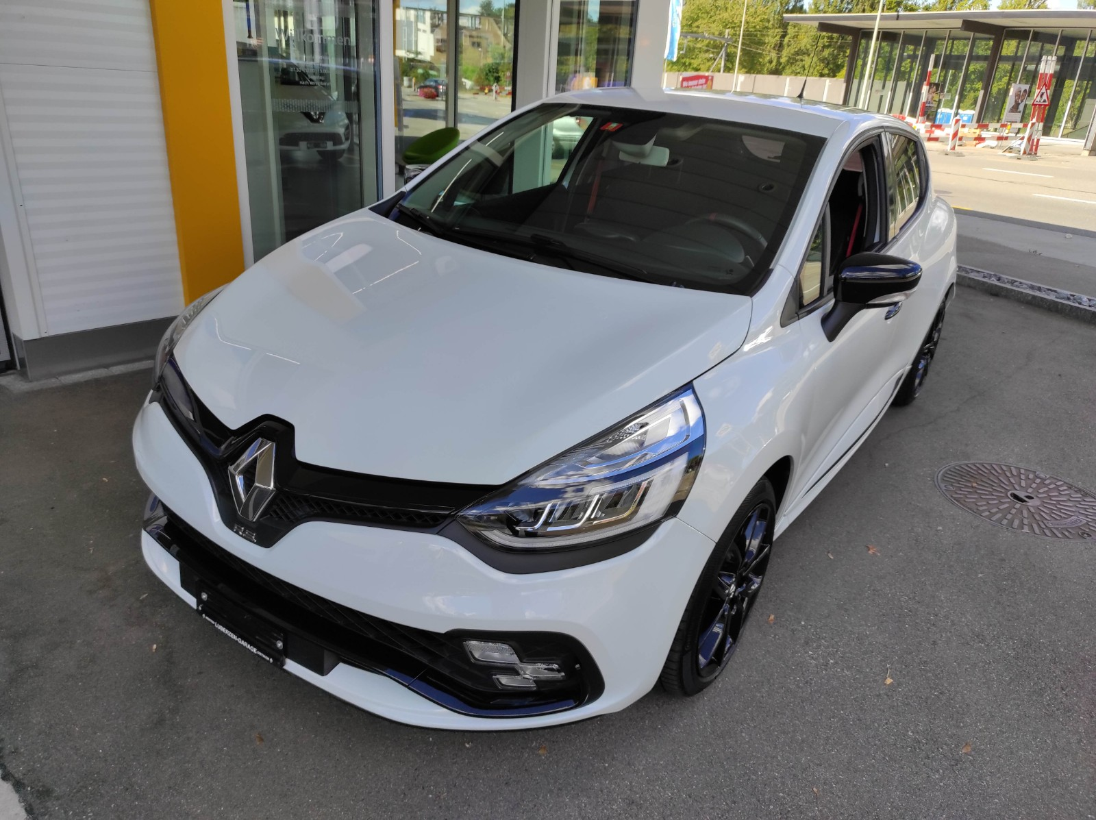 saloon Renault Clio Sport 1.6 T RS 200 S/S