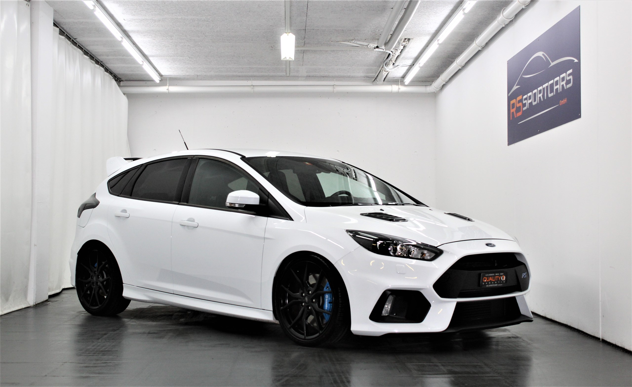 saloon Ford Focus 2.3 EcoBoost RS MK3 AWD
