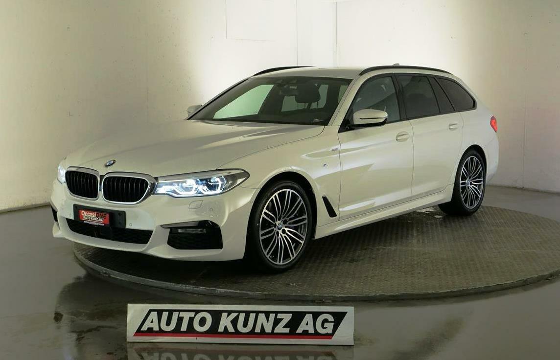 saloon BMW 5er 530 i xDrive Touring M Sportpaket Automat 2020
