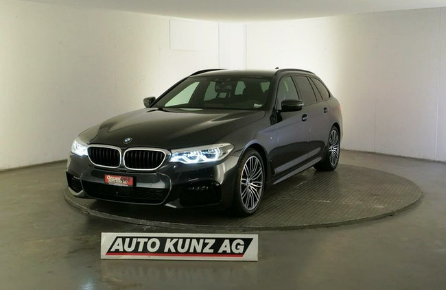 estate BMW 5er 520 d xDrive Touring M Sportpaket Automat 2020
