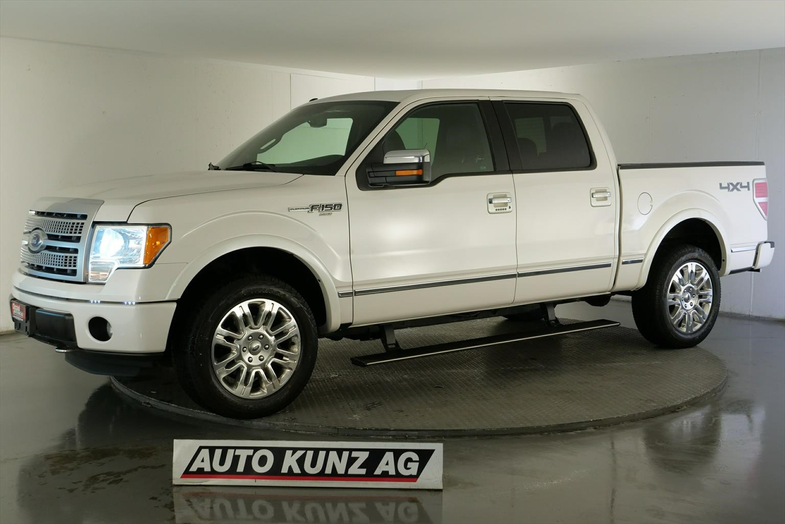 saloon Ford F Series F-Pickup F-150 Super Crew V8 5.0 AWD Quad Cab Plat