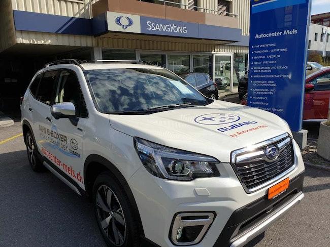 suv Subaru Forester 2.0i e-Boxer Luxury Hybrid 4x4
