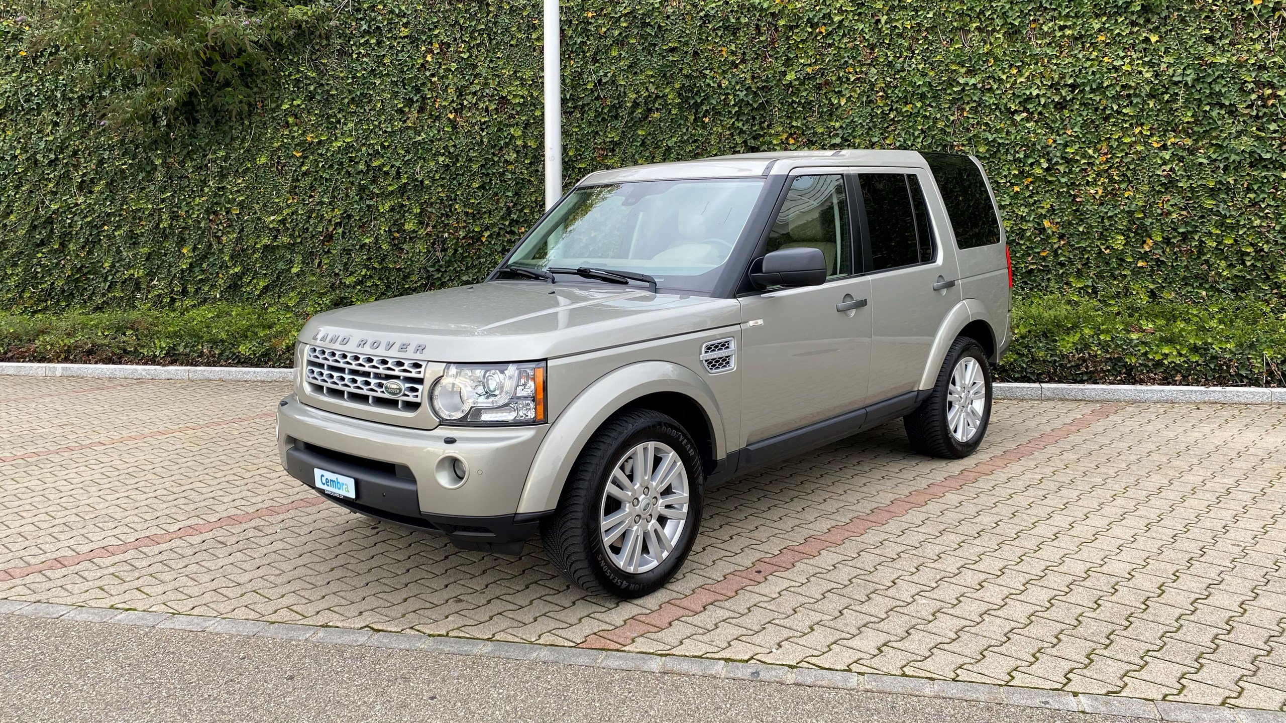 suv Land Rover Discovery 3.0 TDV6 HSE Automatic