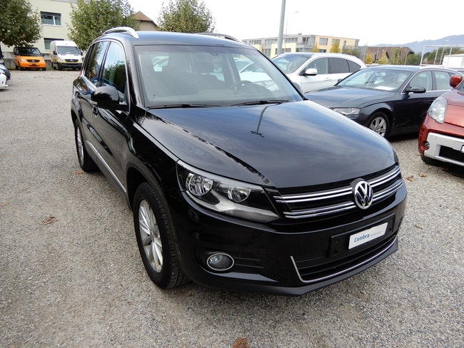 suv VW Tiguan 2.0 TDI BlueMotion Sport&Style 4Motion DSG