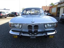 BMW 2000 CS C 75'200 km CHF42'500 - acheter sur carforyou.ch - 3
