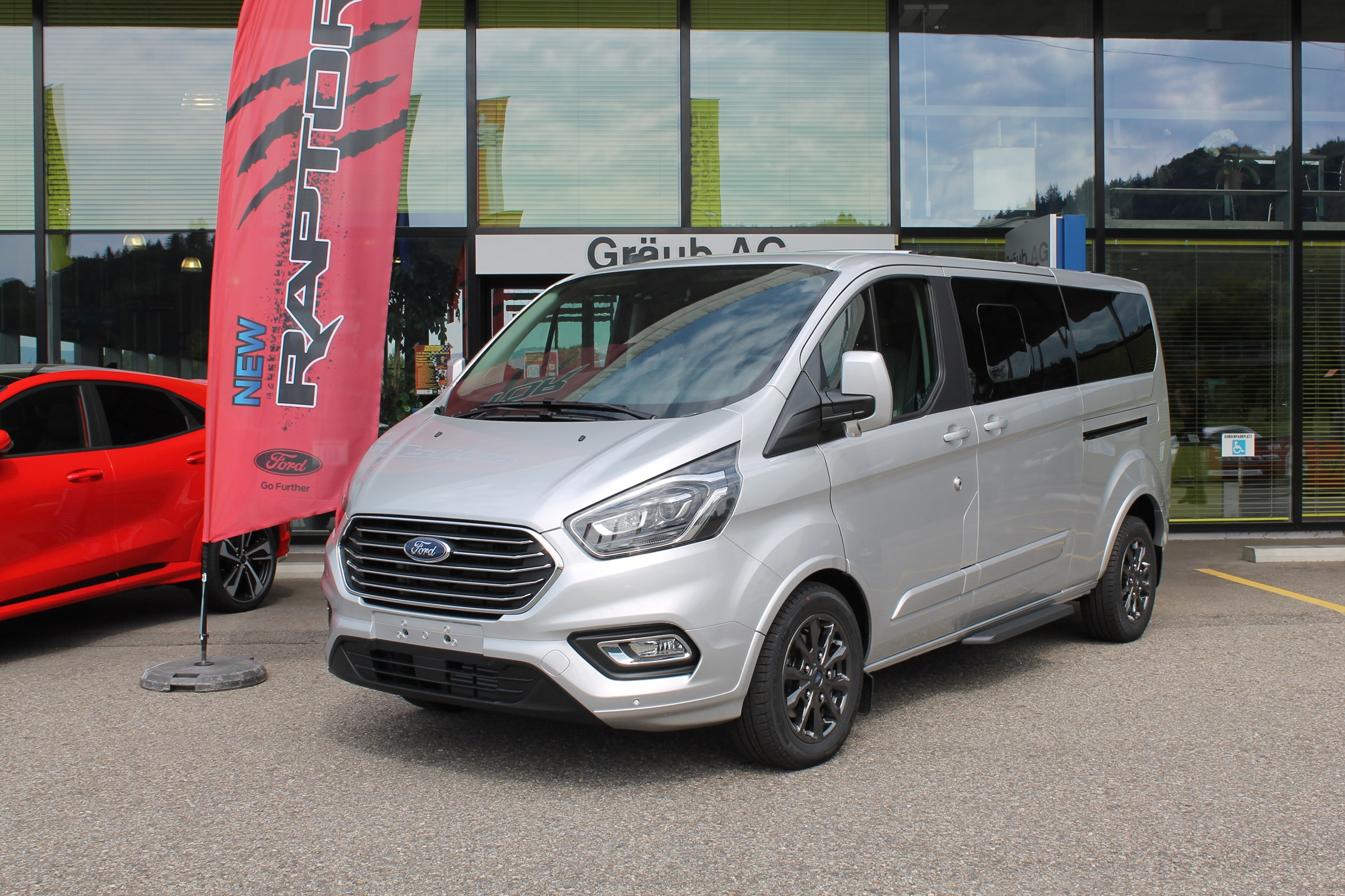 bus Ford Tourneo Custom 320 L2H1 Titanium X A