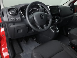 Renault Trafic Spacenomad 2.0 dCi 50 km CHF56'328 - buy on carforyou.ch - 3