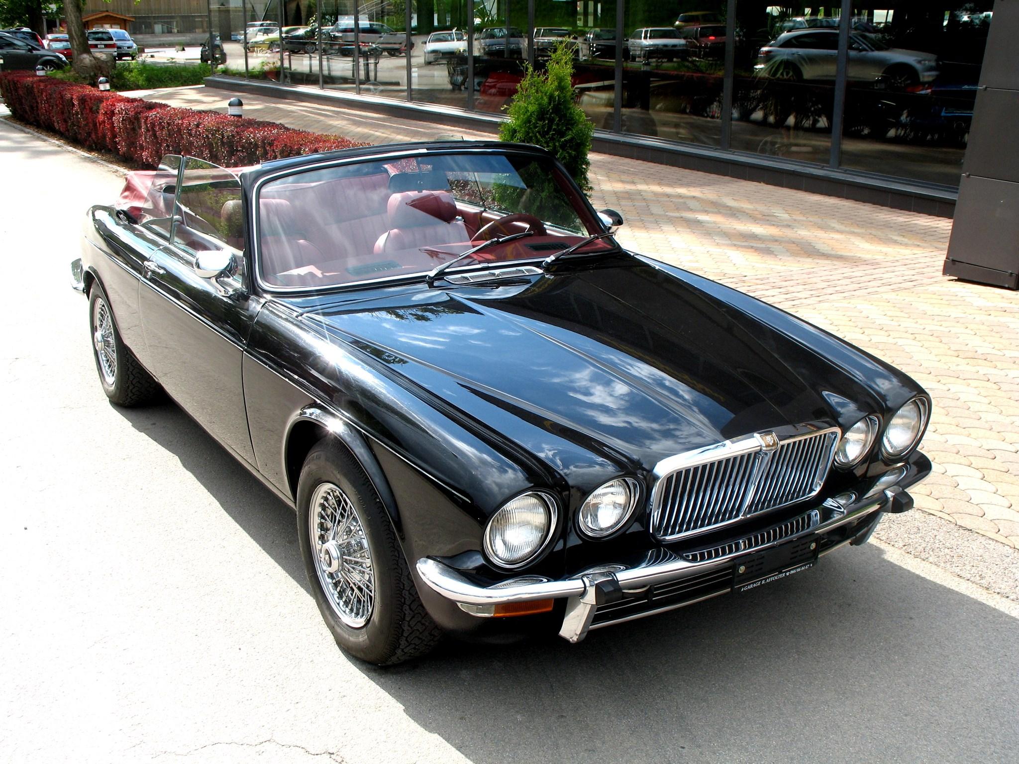 cabriolet Jaguar XJ C 12