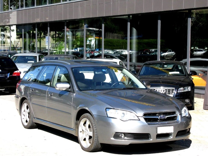 Subaru Legacy 3.0R AWD Executive Automatic 182'000 km CHF7'800 - kaufen auf carforyou.ch - 1