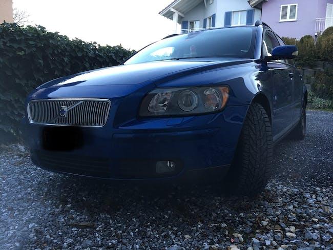 Volvo V50 2.4 D5 Momentum 180'000 km CHF4'300 - buy on carforyou.ch - 1