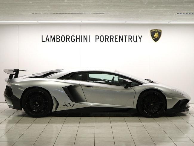 sportscar Lamborghini Aventador LP750-4 Superveloce Coupé E-Gear