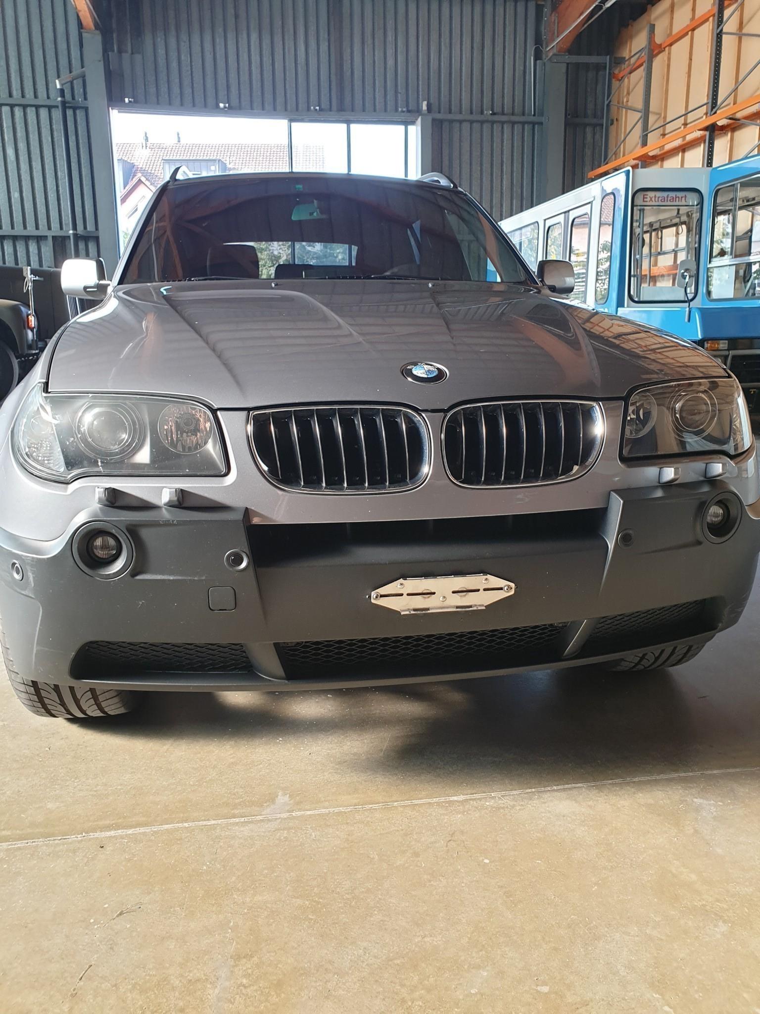 suv BMW X3 Gepflegter X3 3L Benzin