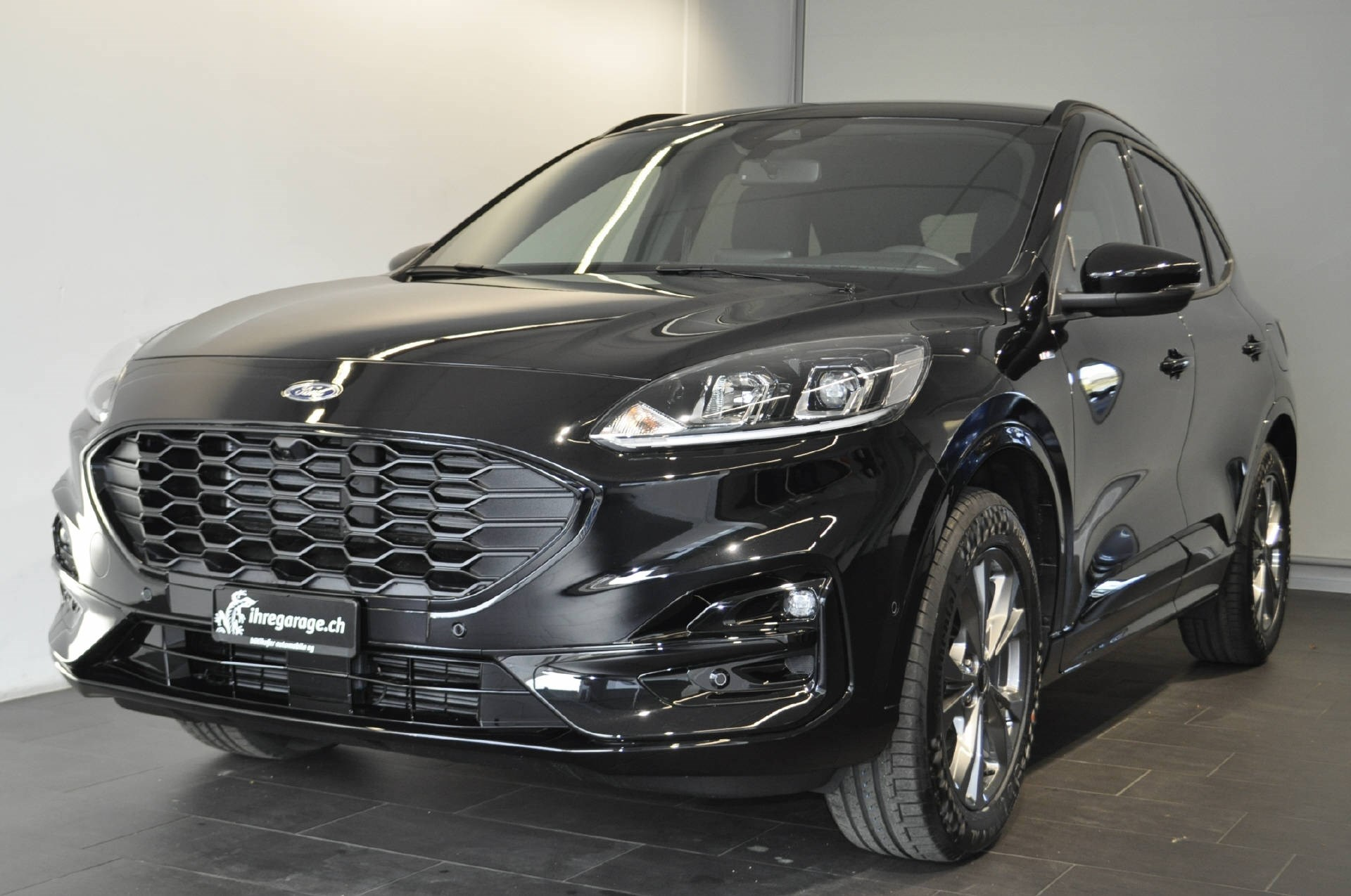 suv Ford Kuga 2.0 EcoBlue ST-Line 4x4
