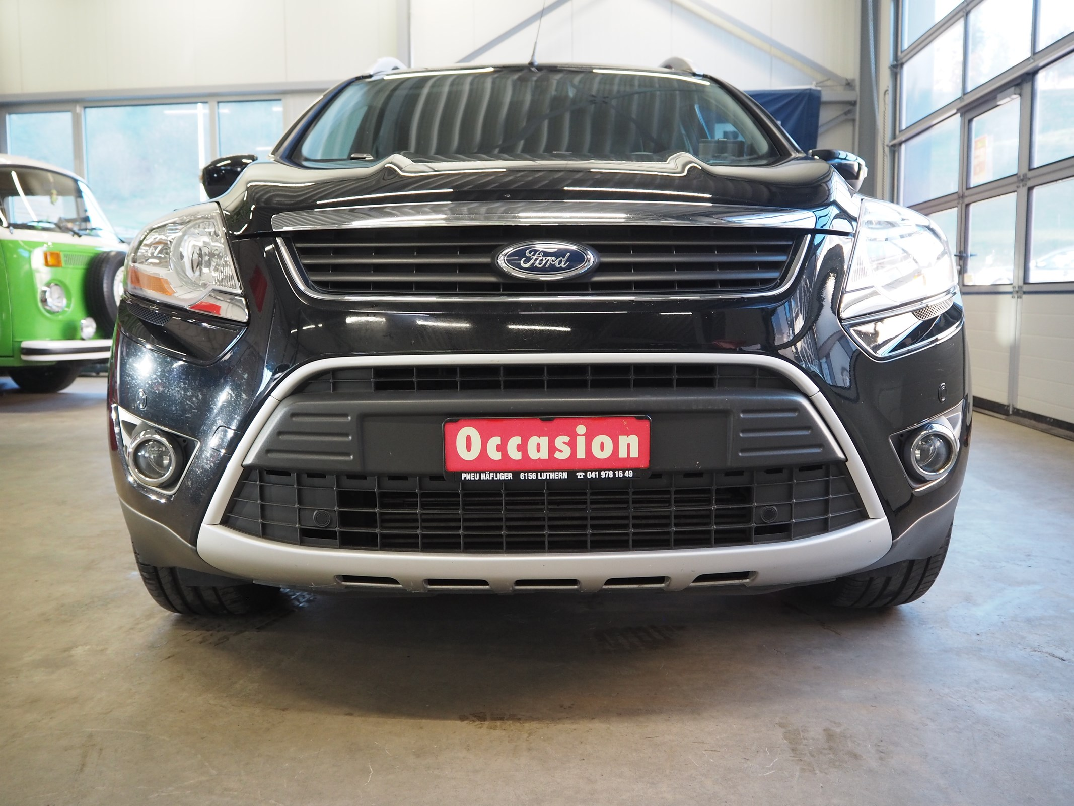 suv Ford Kuga 2.0 TDCi Carving 4WD PowerShift