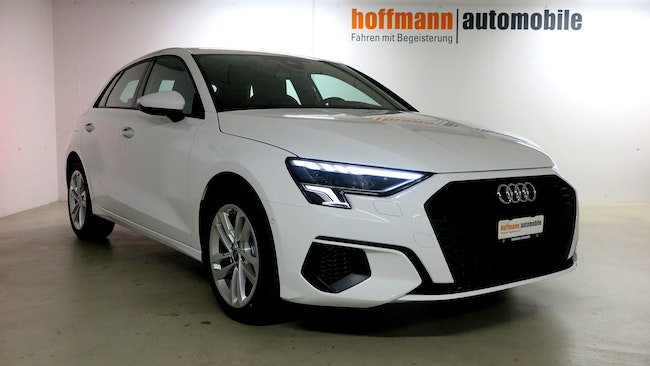 saloon Audi A3 Sportback 35 TFSI Attraction S-tronic