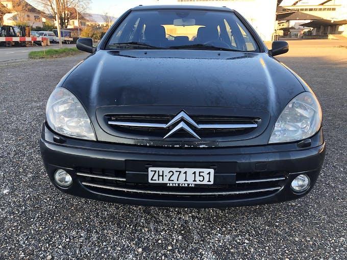 Citroën Xsara Break 2.0i 16V Exclusive Automatic 177'116 km CHF2'200 - buy on carforyou.ch - 1