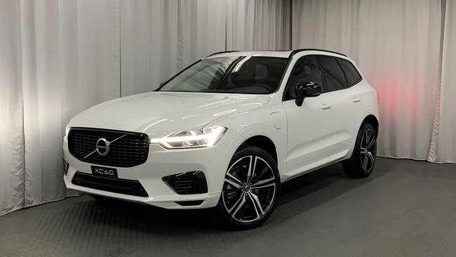 Volvo XC60 T6 eAWD R-Design Expression Geartronic 8'000 km CHF59'900 - buy on carforyou.ch - 1