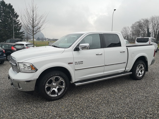 suv Dodge USA RAM 5.7 CrewCab Laramie