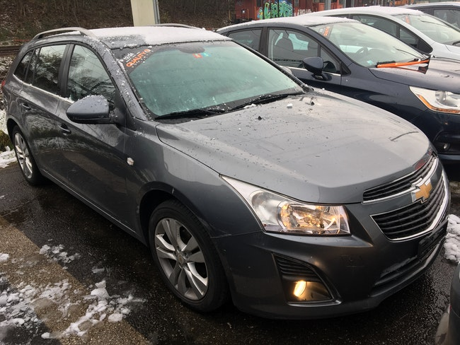 Chevrolet Cruze Station Wagon 1.4T LT 198'000 km 3'700 CHF - buy on carforyou.ch - 1
