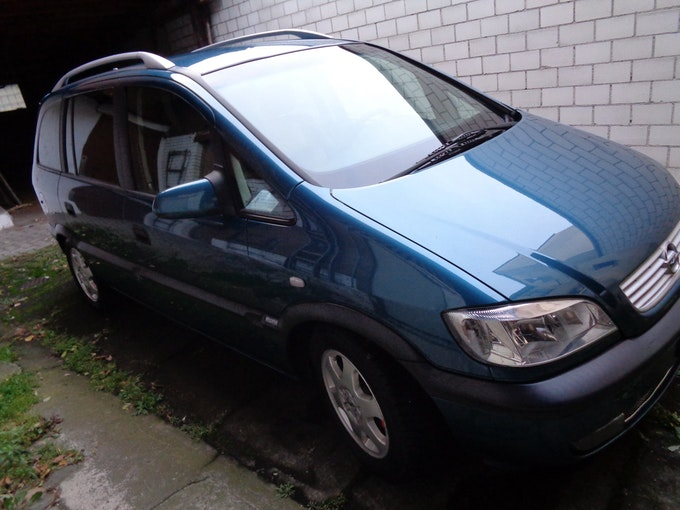 Opel Zafira 2.2 Elegance 250'000 km 3'500 CHF - acquistare su carforyou.ch - 1