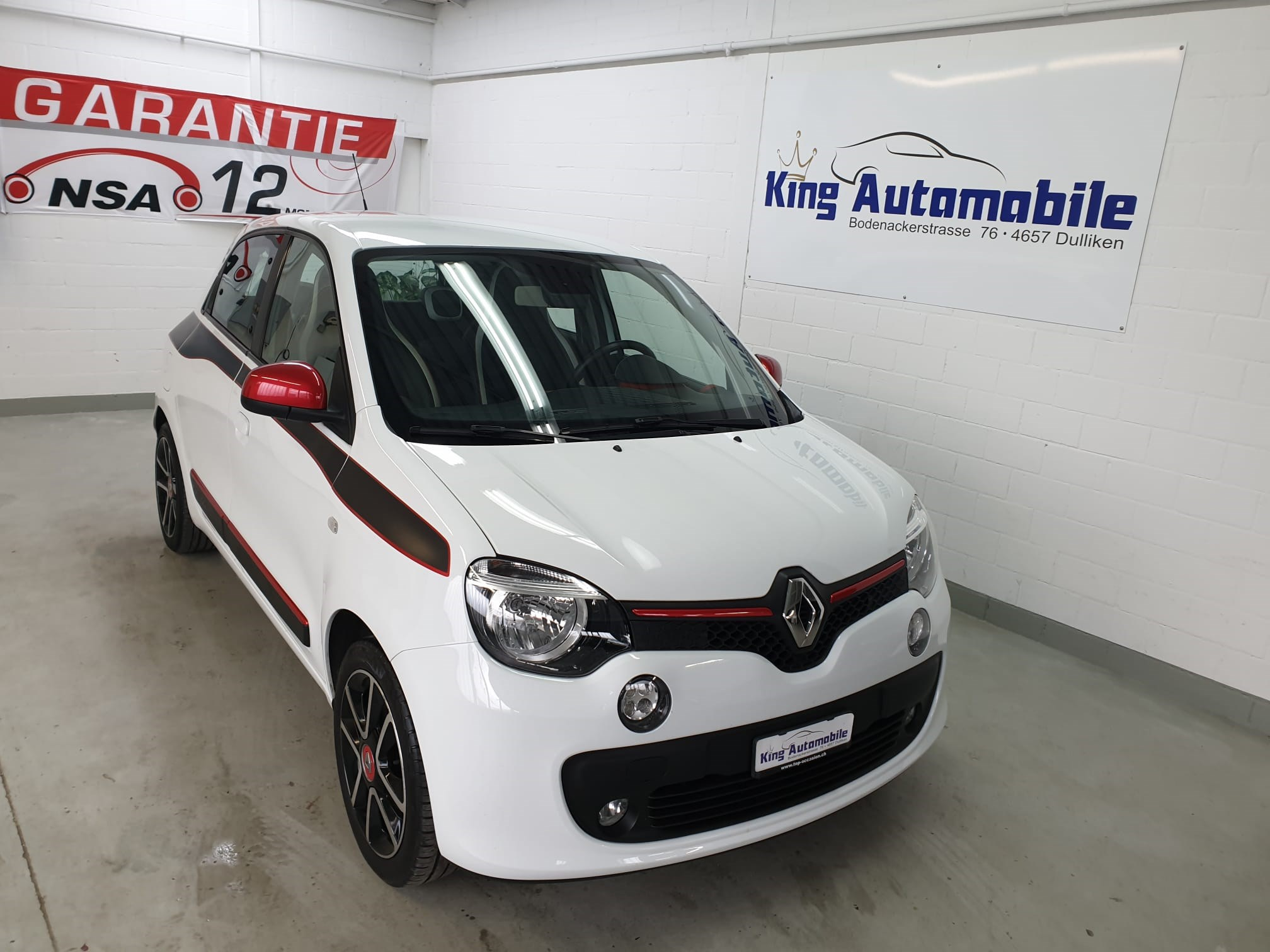 Buy Used Car Sedan Renault Twingo 0 9 Intens 135000 Km At 6900 Chf On Carforyou Ch