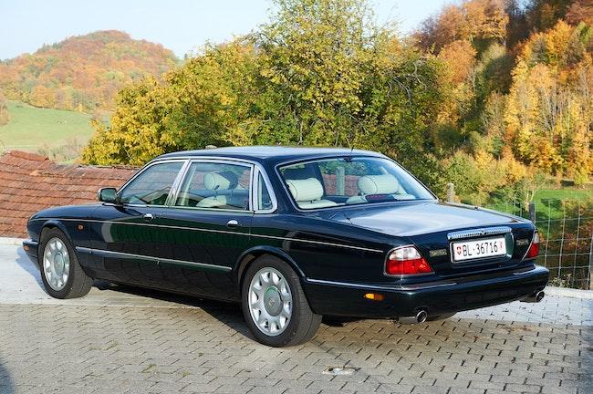 Daimler V8 4.0 S/C 112'000 km CHF24'900 - acquistare su carforyou.ch - 1