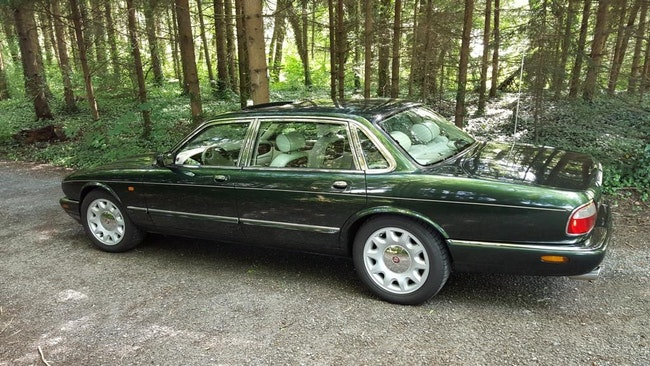 Daimler V8 4.0 S/C 98'500 km CHF23'500 - acquistare su carforyou.ch - 1