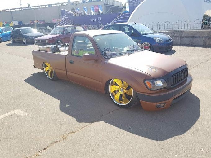 Toyota Tacoma LowTruck 150'000 km 12'000 CHF - buy on carforyou.ch - 1