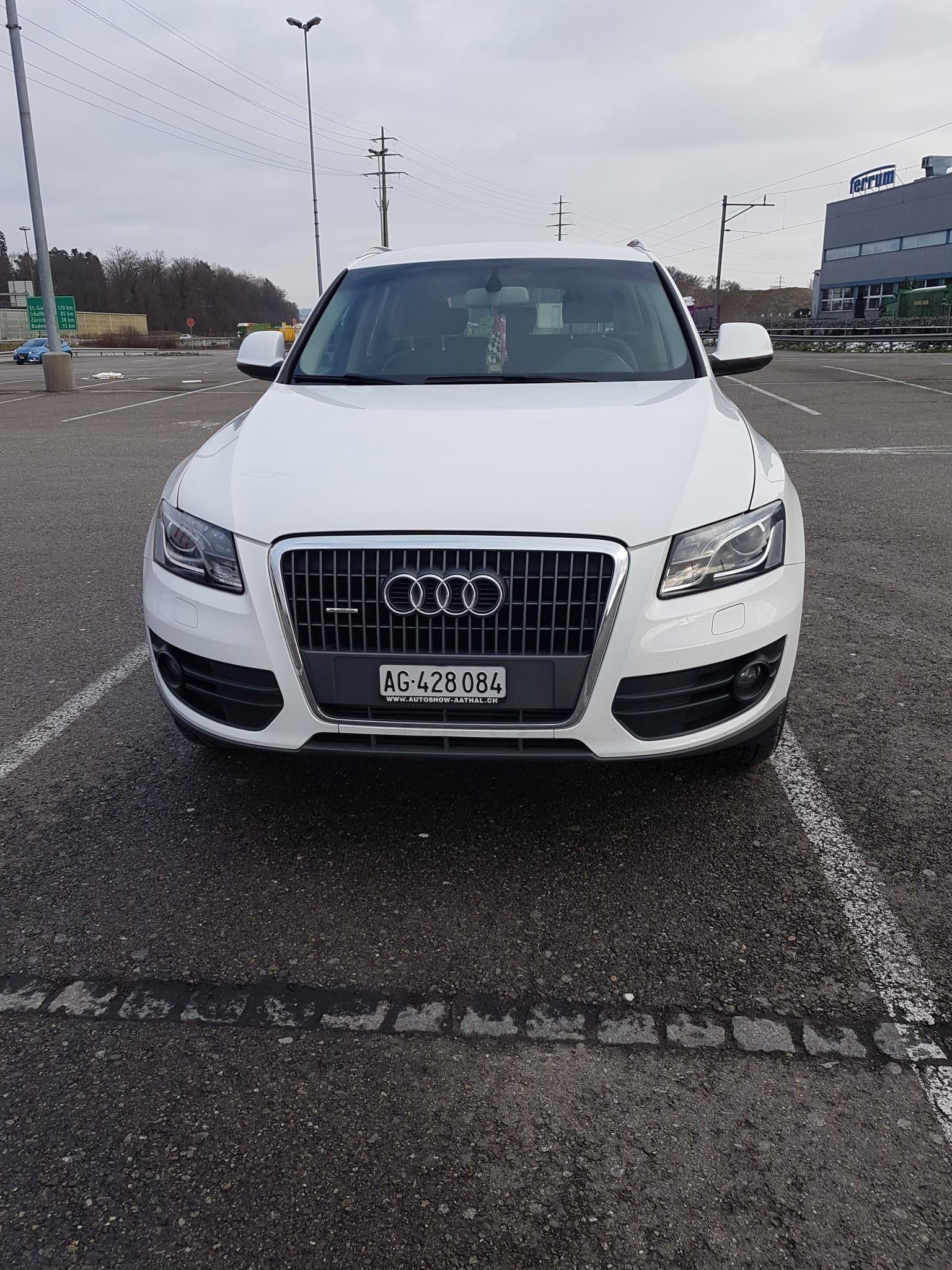 suv Audi Q5 Sehr gepflegte audi Q5 ,Frisch Mfk 08.01.2021