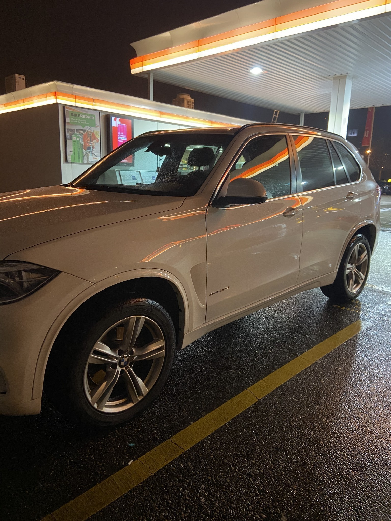 suv BMW X5 30d in top Zustand
