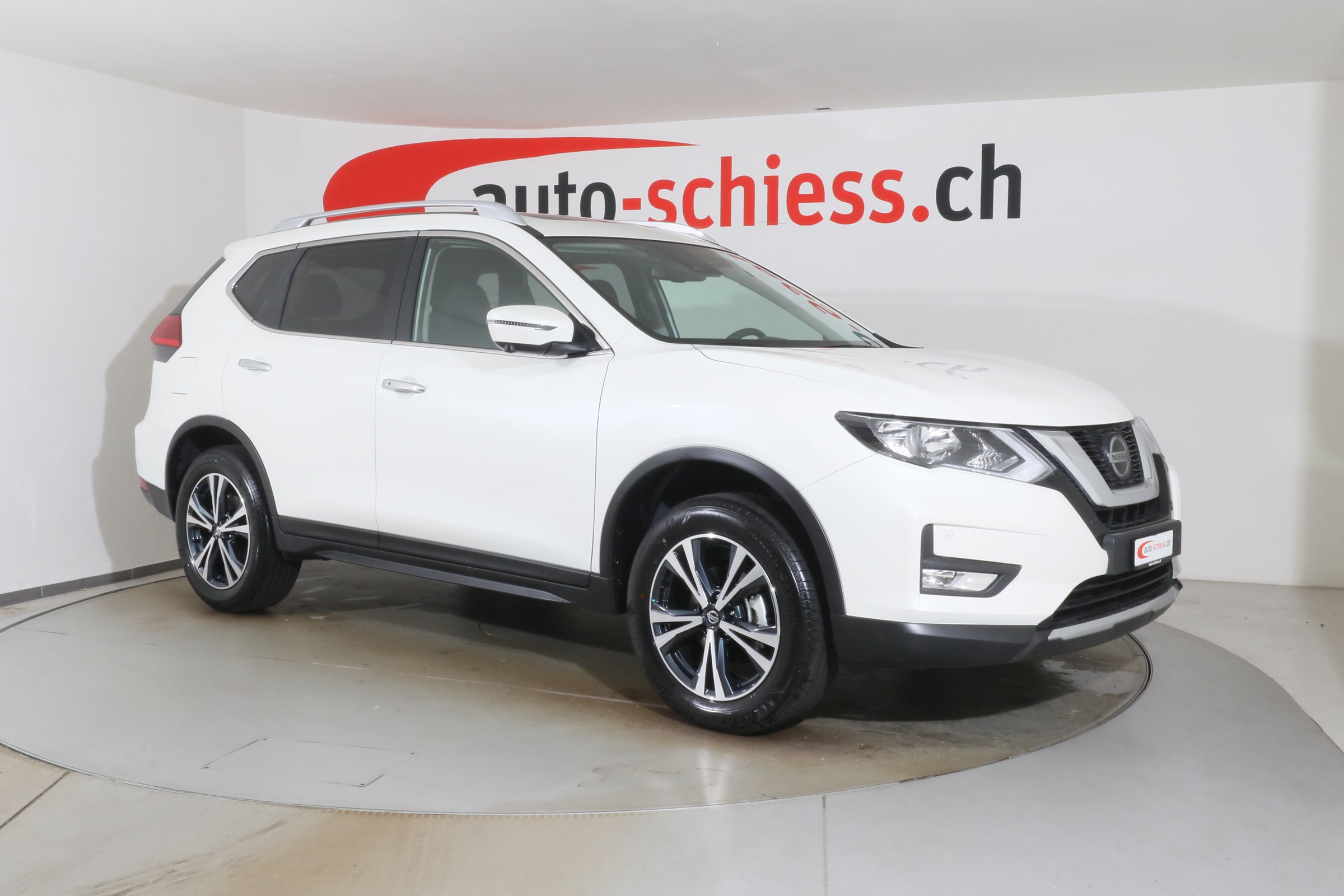 suv Nissan X-Trail 1.3 DIG-T N-Connecta DCT