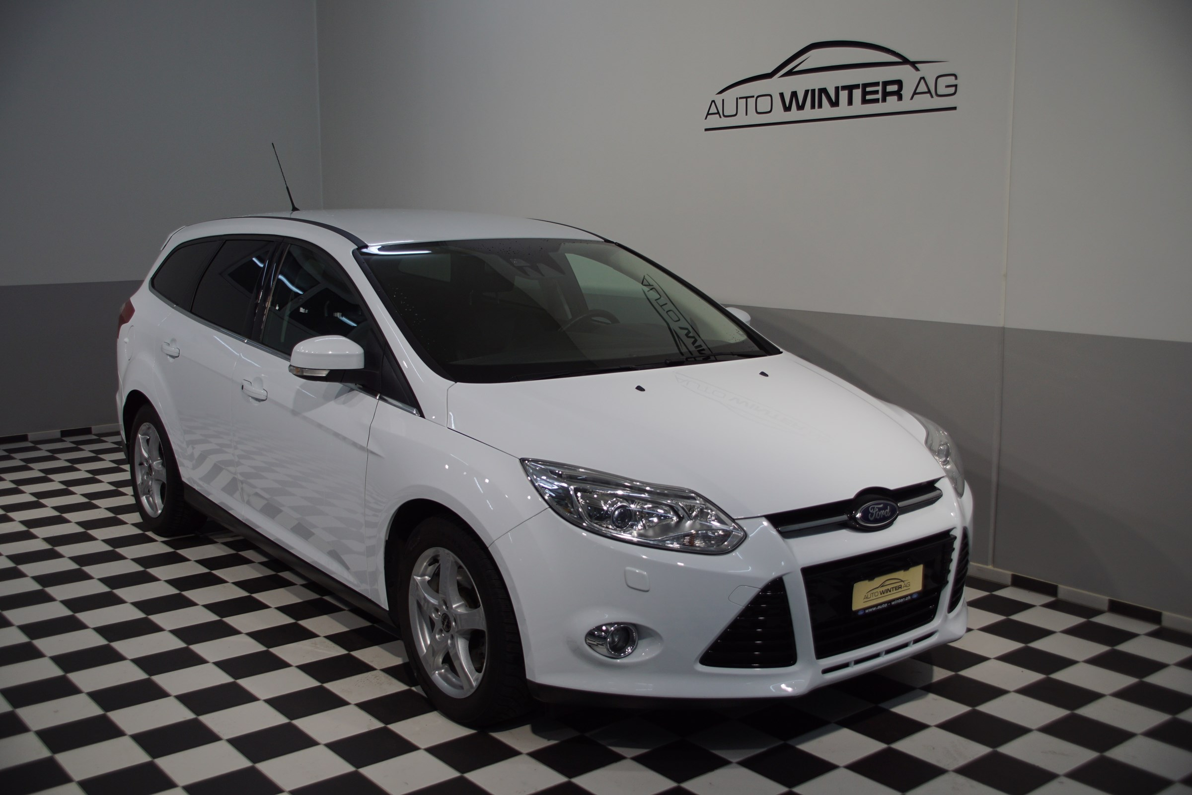 estate Ford Focus 1.0 SCTi Titanium