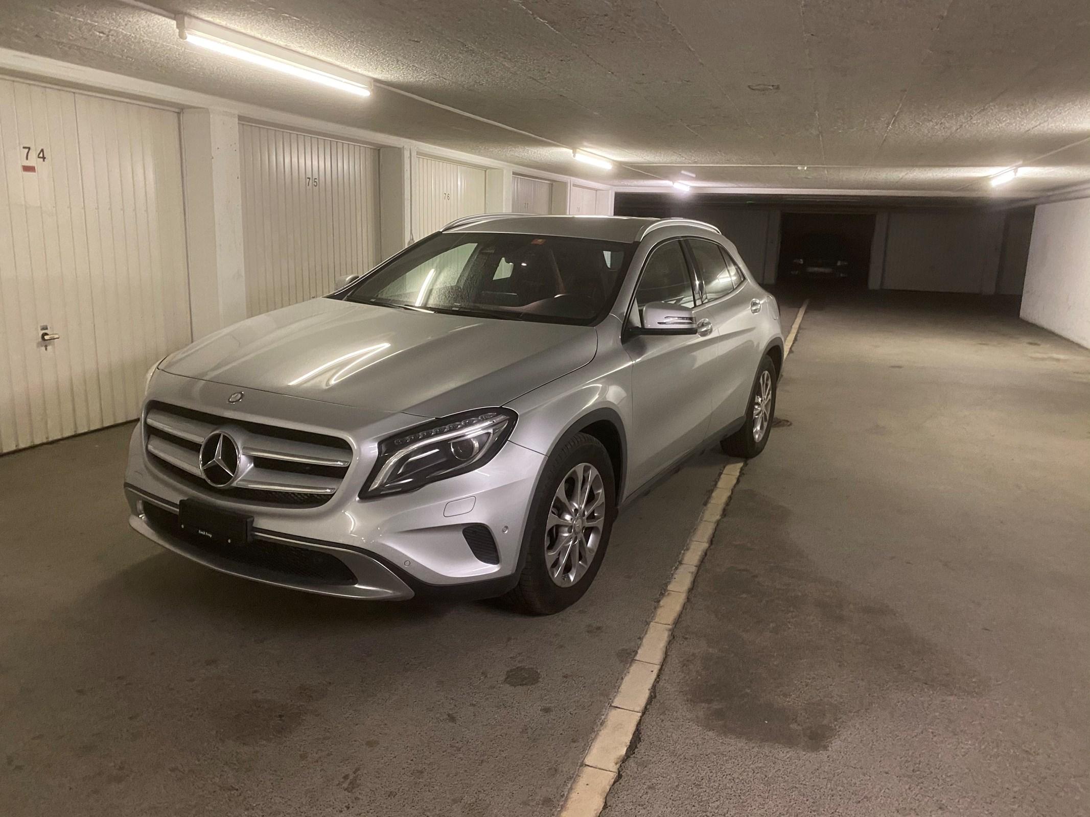 suv Mercedes-Benz GLA-Klasse GLA 200 d Urban 4Matic 7G-DCT