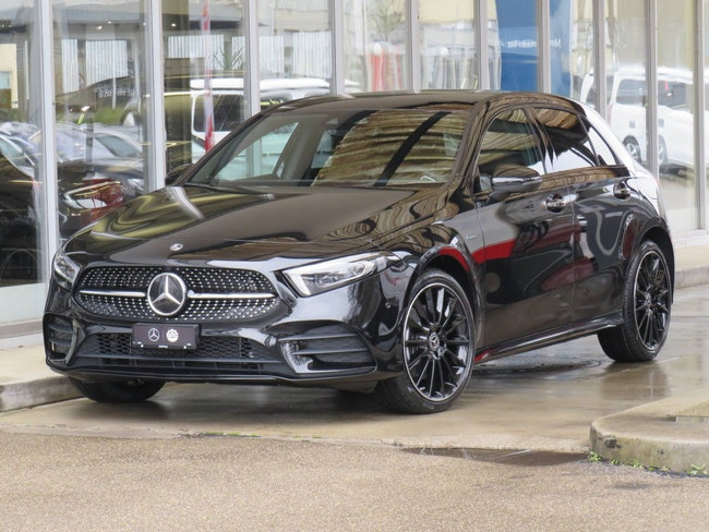 saloon Mercedes-Benz A-Klasse A 250 e AMG Line