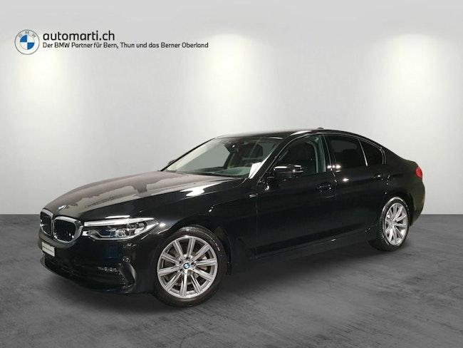 saloon BMW 5er 520d xDrive Sport Line