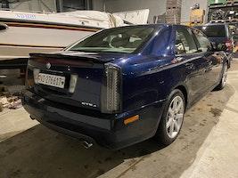 Cadillac STS 4.6 V8 Sport Luxury 4WD 146'000 km CHF9'900 - acheter sur carforyou.ch - 3
